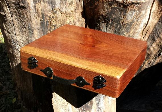 Small sewing box